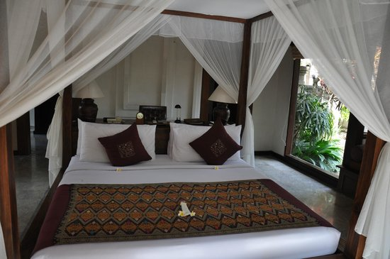 The Ubud Village Resort & Spa: Chambre de notre villa