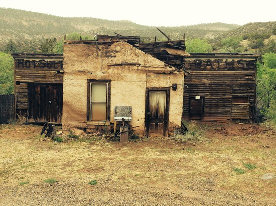 Jemez Hot Springs: Home of The Giggling Springs: Historic Springs Building