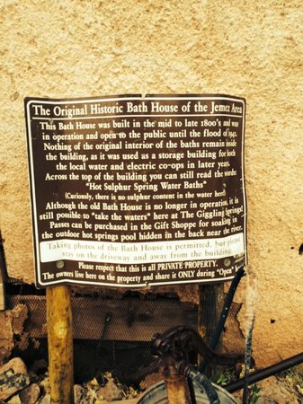Jemez Hot Springs: Home of The Giggling Springs: Historic Springs Sign
