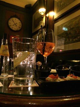 Cafe Romano: Hotel d'Inghilterra Bar