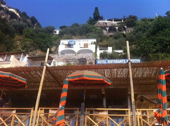 Hotel Pupetto: Hotel from the beach