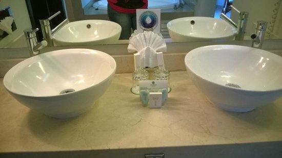 Sandos Caracol Eco Resort: il bagno