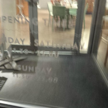 ASK Italian - London - Finchley: door_of_Ask_showing_2300hrs_closing_time