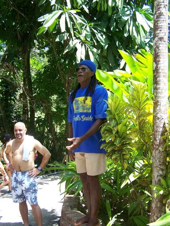 Dunn's River Falls and Park : Our Friendly Guide
