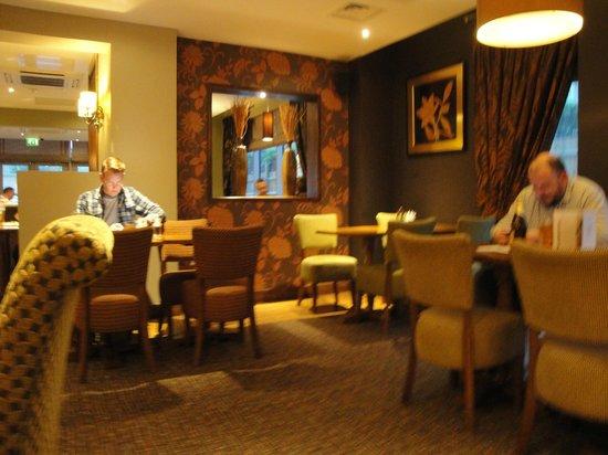 Premier Inn London Ealing Hotel: Excelentes instalaciones