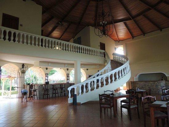 Hotel Delfin Playa Bejuco: main lobby / restaurant area