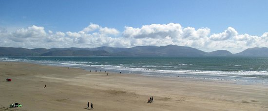 Paddywagon Day Tours: Inch Beach on the Peninsula