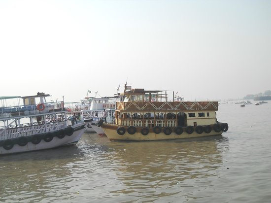 Elephanta Caves: barcos a Elephanta
