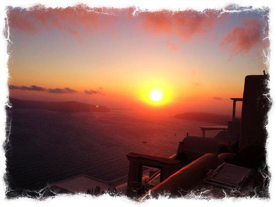 Artemis Villas: The best sunset view