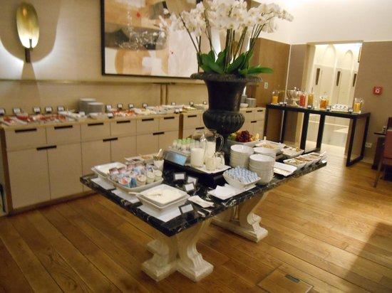 Villa Kennedy : breakfast