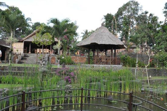 Puri Taman Sari: Dans l'hôtel