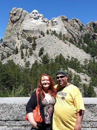 Mount Rushmore National Memorial: The sun was in my eyes!