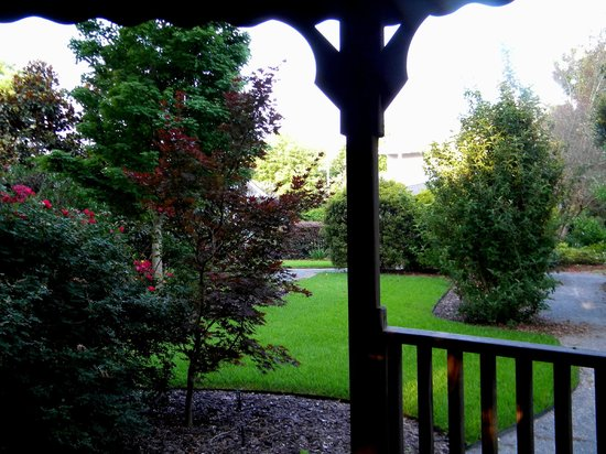 Americus Garden Inn Bed & Breakfast: View of the garden from the back porch of the inn.