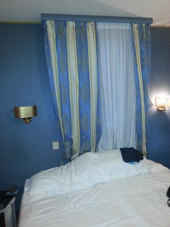 Hotel Royal San Marco: cama
