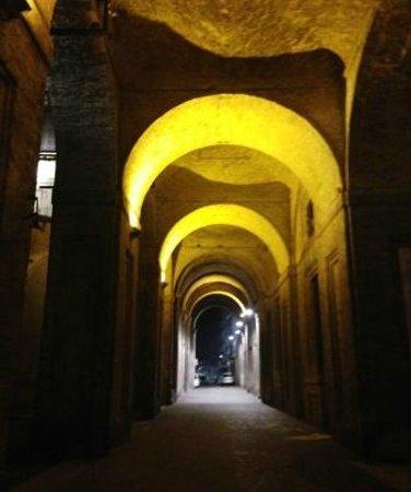 Palazzo della Pilotta : esterno palazzone