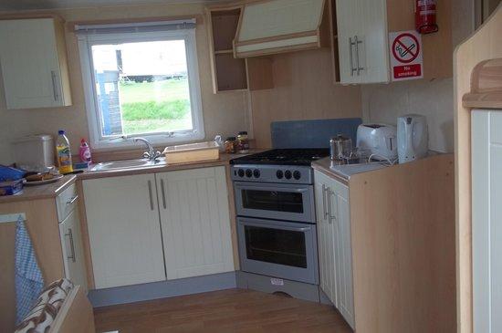 Trelawne Manor Holiday Park: Kitchen
