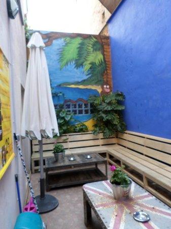 Erasmus Home: Patio