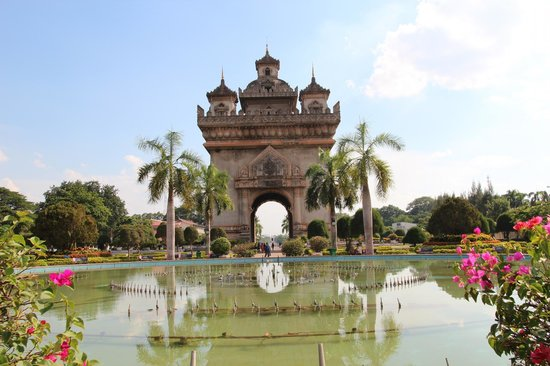 Patuxai: Worth a visit