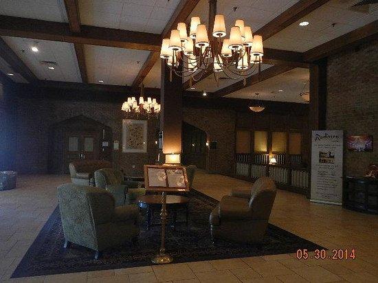 Radisson Nashua Hotel : lobby shot