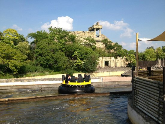 Gardaland Resort: Jungle Rapids