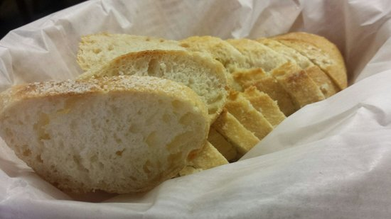 Cafe Madriz: Fresh bread