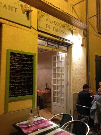 Au Coeur du Panier : the front of the restaurant