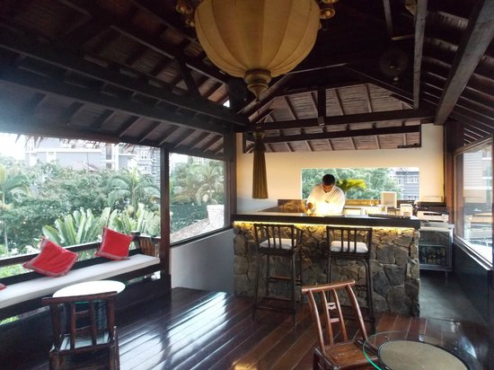 Villa Samadhi: Roof Top Bar