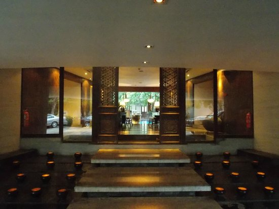 Villa Samadhi: Entrace