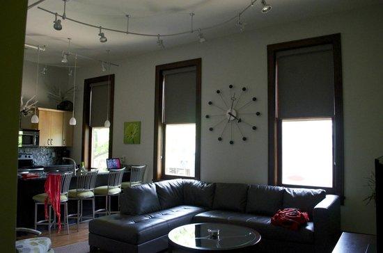 Teerman Lofts: living room