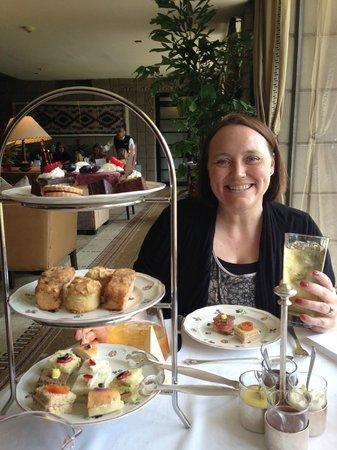 Frank & Alberts - The Arizona Biltmore: Afternoon tea treats