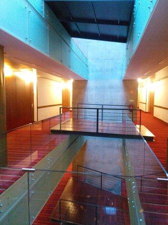 VIP Executive Arts Hotel: corridor