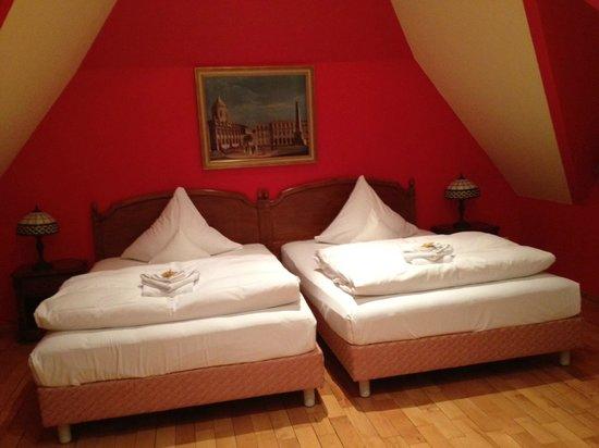 Hotel Villa Monte Vino: Die komfortabelsten Betten seit langem !!