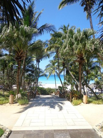 Melia Las Americas: saída para a praia