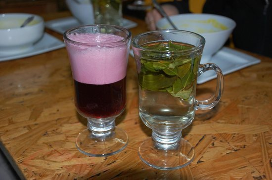 Quinoa: Coca tea and fruit drink.