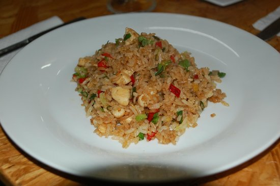 Quinoa : Yummy chicken fried rice.