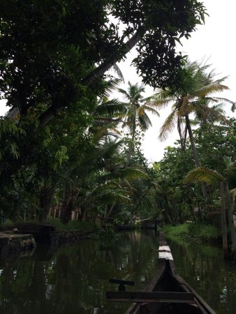 Thevercad Homestay: Backwaters of Kainakary