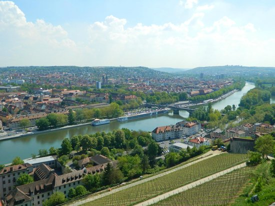 main river and ludwigsbr cke from marienberg fortress. Black Bedroom Furniture Sets. Home Design Ideas