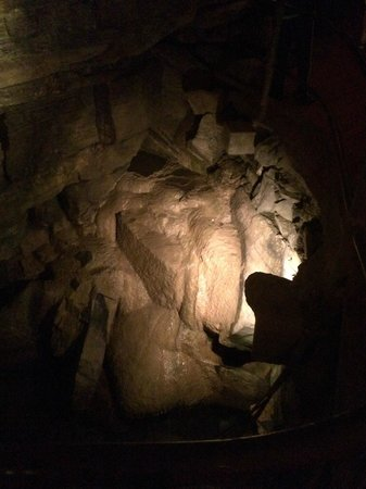 Howe Caverns: file 5