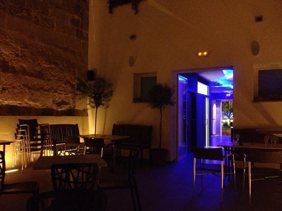 Sa Falua cocktail bar: patio