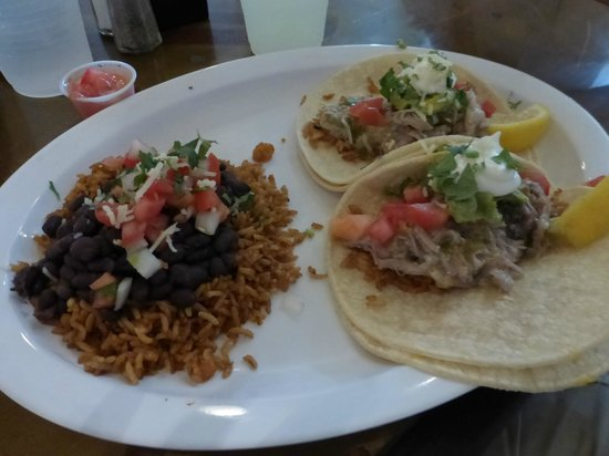 Sidewinders: Pork tacos with beans and rice