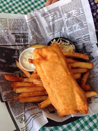 Klondike Rib and Salmon BBQ: Fish and Chips