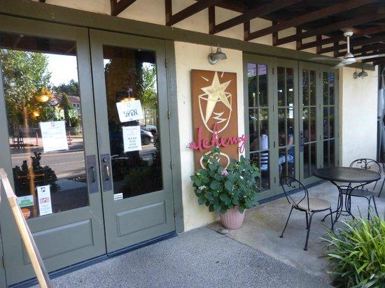 Alchemy Market and Cafe: Front Entrance to Alchemy's Cafe