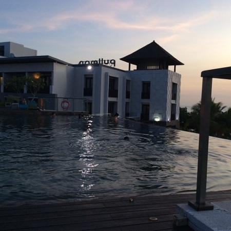 Pullman Bali Legian Nirwana : level third pool