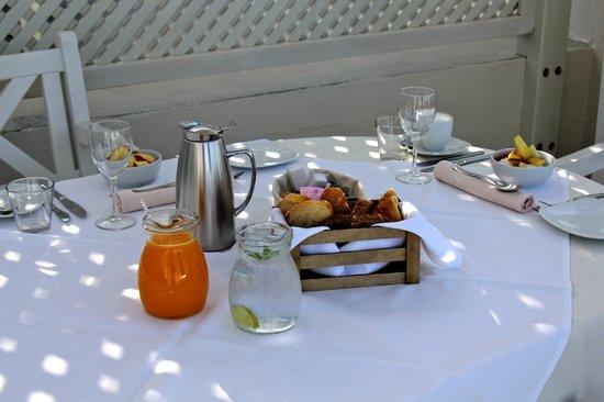 Celestia Grand: Breakfast by the pool