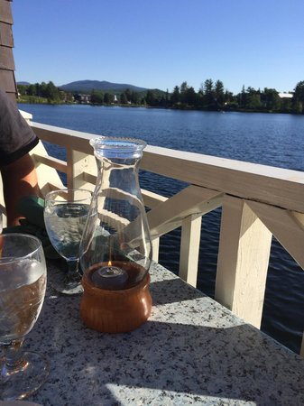 Boat House Restaurant at Lake Placid Club: Table by the lake