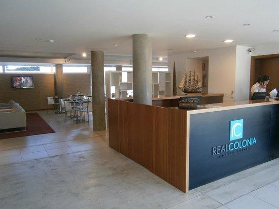 Real Colonia Hotel & Suites: Recepción del hotel