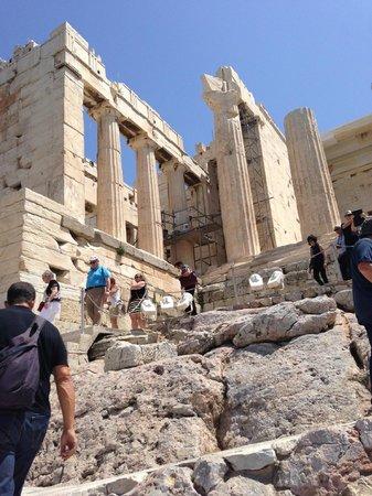 Athens Walking Tours : On the Acropolis