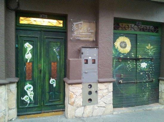 La Casa Cuencana: La entrada de la casa.Cuencana