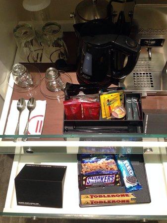 Pullman Jakarta Central Park: I love a minibar that has an espresso maker.