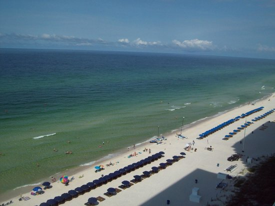 Splash Resort Condominiums Panama City Beach: View of the beach from balcony